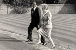 President Mugabe with Margaret Thatcher at Chequers, October 1988