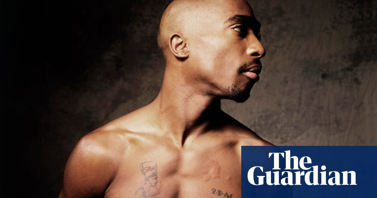 Tupac Shakur bares his torso: Danny Clinchs best photograph