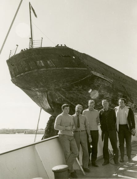 Members of the British salvage team that rescued SS Great Britain in 1970 including Lyle Craigie-Halkett (far left) and Stuart Whatley (far right).