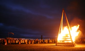 The closing funeral pyre.