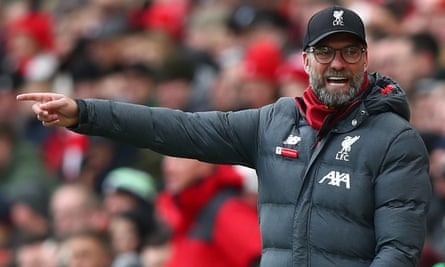 Jürgen Klopp worries that more players will pick up injuries in this intense period unless the Premier League reverts to allowing five substitutes.
