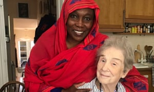 Barbara Harrell-Bond at her house in Oxford with Fatima Abdelrahman, a refugee from Sudan, in May this year