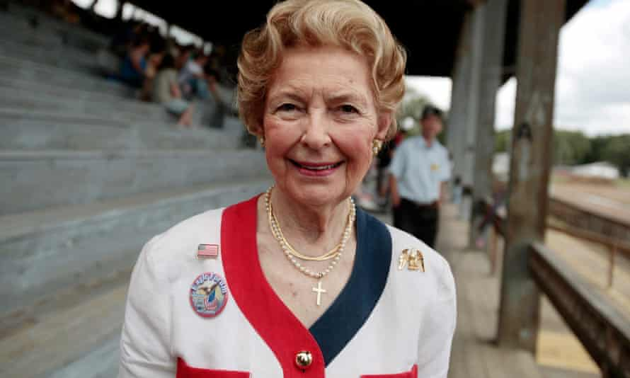 Phyllis Schlafly, who as president of the Illinois Federation of Republican Women, accused financiers of backing the liberal consensus because they made money from a murky world of international co-operation.