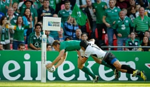 Bowe scores Ireland's first try.