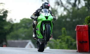 Davey Lambert negotiates Sulby Bridge on his 1,000cc Kawasaki Superbike during practice.