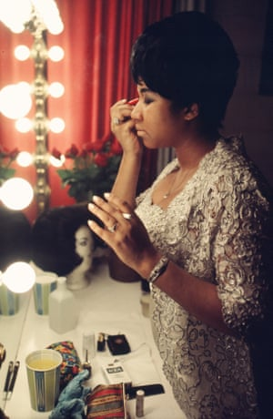 Aretha Franklin backstage before a performance at Symphony Hall in 1969, Newark, New Jersey