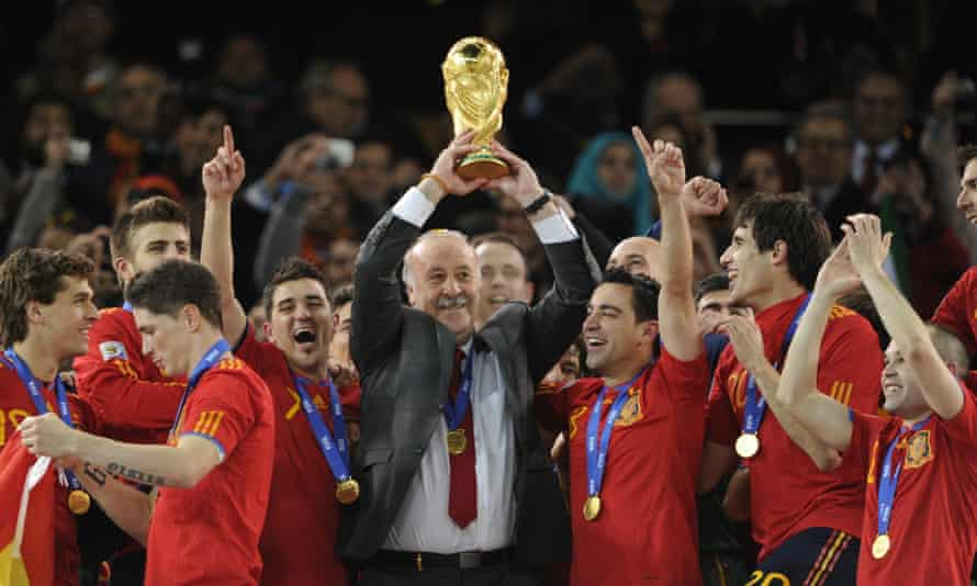 Spain's coach, Vicente Del Bosque, celebrates winning the World Cup in 2010 with his players.