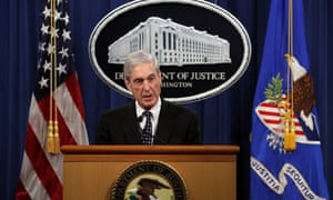 Special counsel Robert Mueller makes a statement about the Russia investigation at the Department of Justice on 29 May.