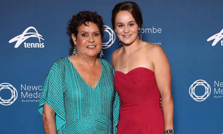 Evonne Goolagong Cawley believes Ashleigh Barty has what it takes to take Australia to a Fed Cup win.