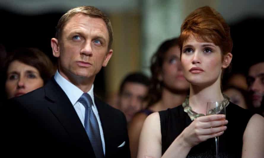 Daniel Craig and Gemma Arterton In Quantum Of Solace.