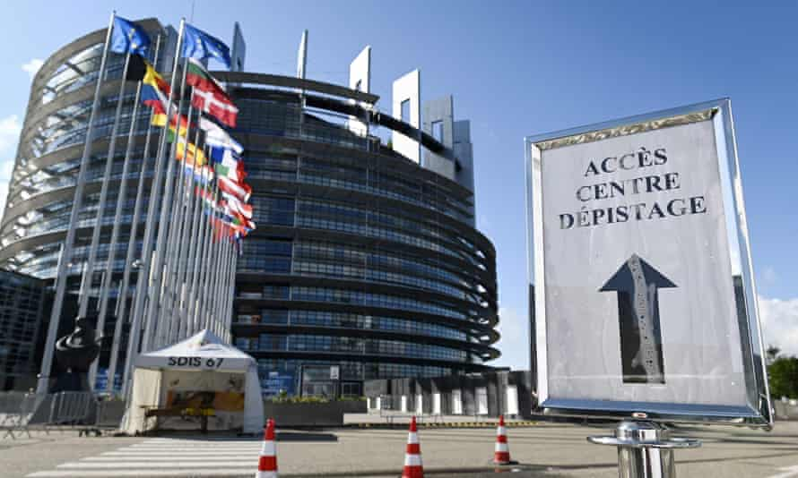 A sign indicates a Covid-19 testing centre near the European parliament in Strasbourg in May. The parliament has not sat in the city since February due to the health crisis.