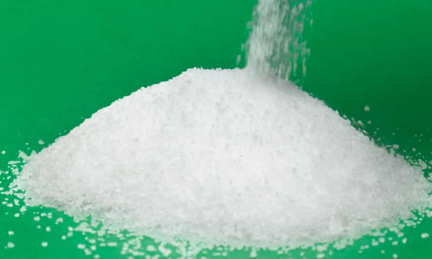 Scientists from Imperial College London judge that, without incentives, industry alone cannot be trusted to reduce food salt levels.
