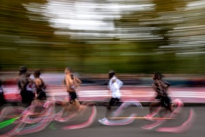 """Every kilometre of Kipchoge's effort was completed in times of between 2'48"""" and 2'52""""."""