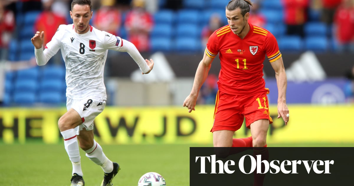 Gareth Bale's arrival livens up Wales's draw with Albania in friendly