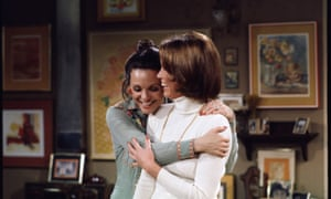 Rhoda episode Along Comes Mary, with Harper as Rhoda Morganstern and Mary Tyler Moore as Mary Richards).