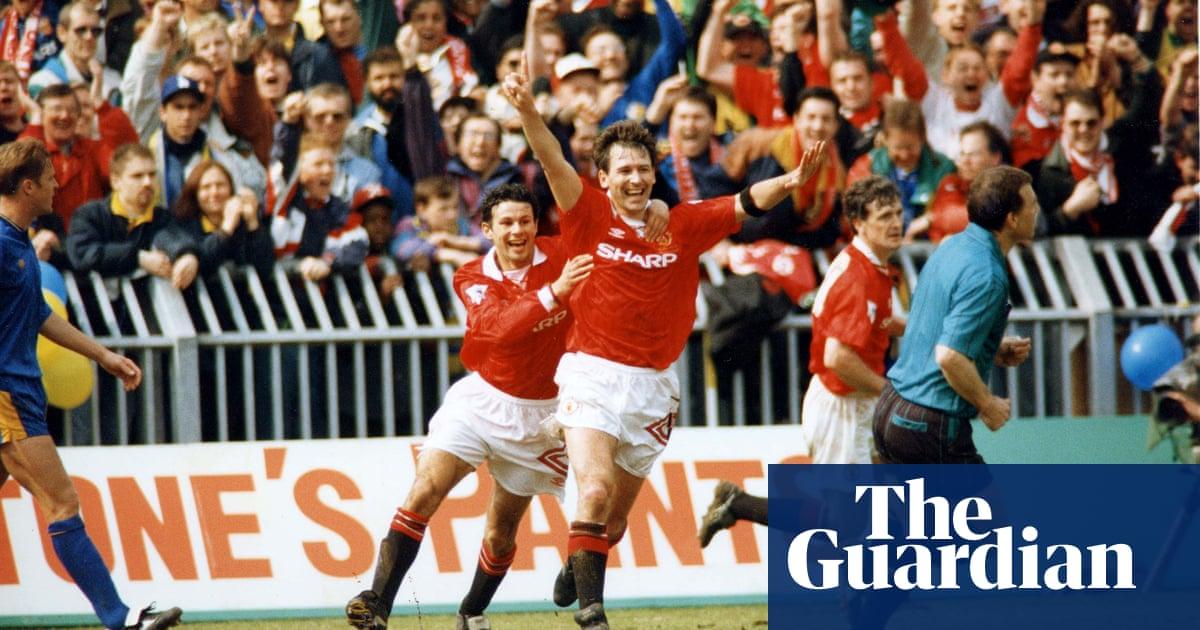 Golden Goal: Bryan Robson for Manchester United v Wimbledon (1993)