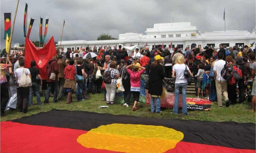The day of the National Apology for Stolen Generations. The crowd turn their backs on Liberal opposition leader, Brendan Nelson, who had stopped short of delivering a full apology.