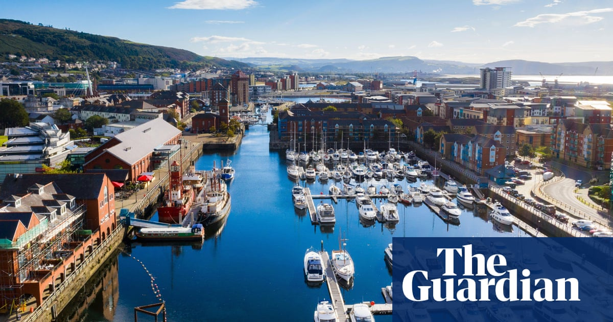 I could be by the Med: a car-free short break in Swansea