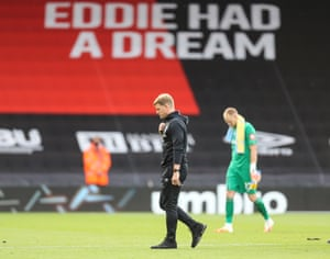 Bournemouth manager Eddie Howe looks dejected after the final whistle.