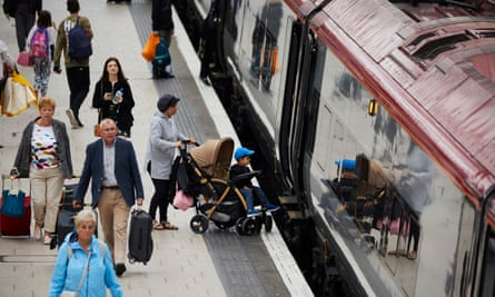 Passengers at Manchester Piccadilly station