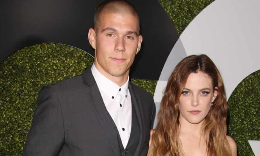 Riley in a posed shot with her husband, stuntman Ben Smith-Petersen.