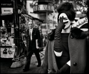 Nana, Place Blanche, Paris 1961