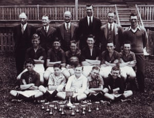 Plattsburg Public School, 1934. A nursery of talent. Australia footballer Reg Date is on the extreme left in the front row. Source: Dr Philip Mosely by courtesy of Thomas Lovett.