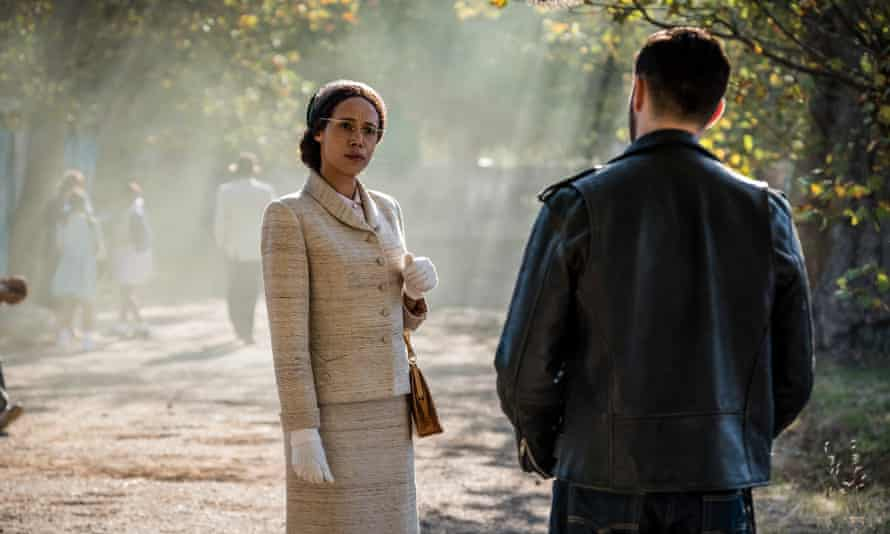 Vinette Robinson as Rosa Parks in Doctor Who.