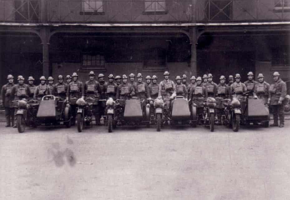Phantom unit of motorcyclists