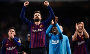 Gerard Piqué salutes Barcelona supporters following Saturday's 1-0 win over Real Madrid.