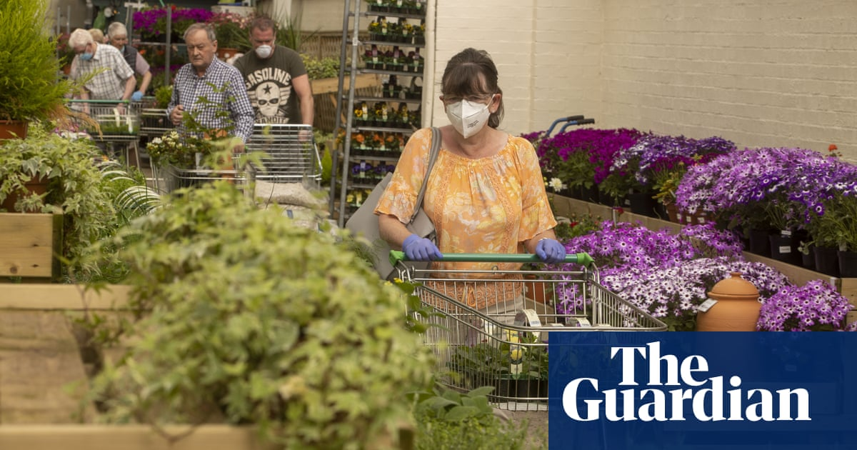 UK garden centres and DIY stores expected to rake in £1.4bn over Easter