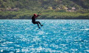 During the challenge, Branson managed to go for 50 metres on his foilboard