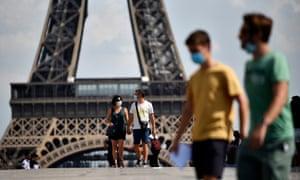 People wearing face masks in Paris