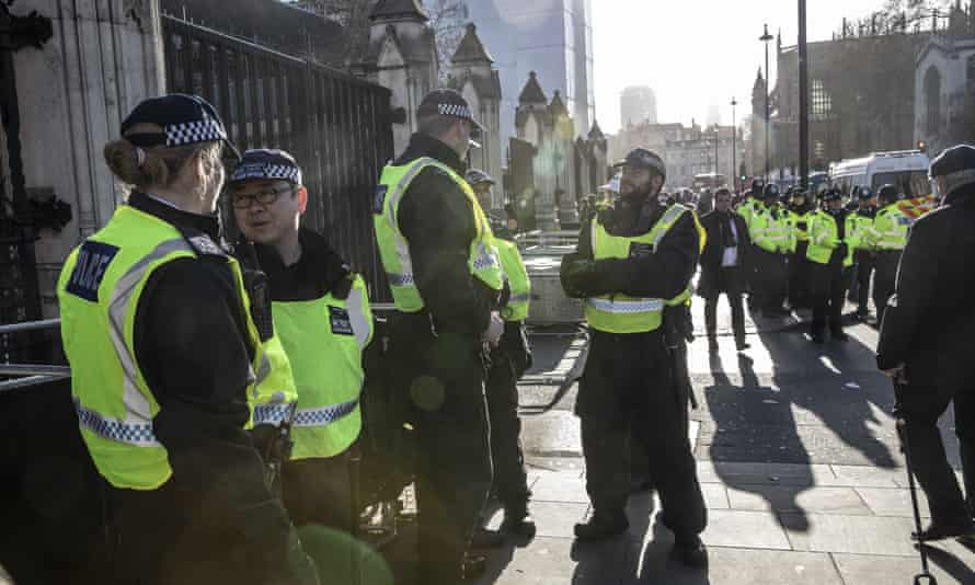 Police increase their presence outside the Houses of Parliament