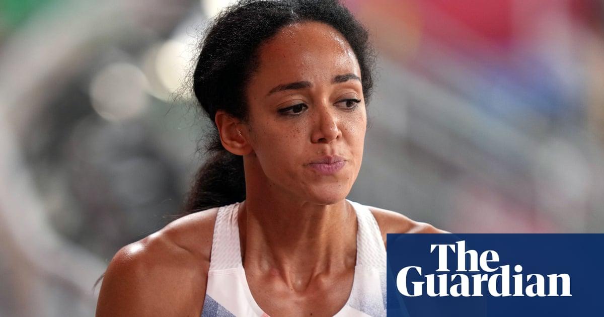 Katarina Johnson-Thompson's medal hopes end with injury in heptathlon