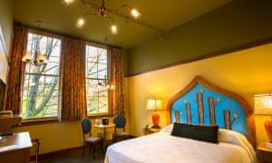 McMenamims, Anderson School Hotel Room, Bend, Oregon