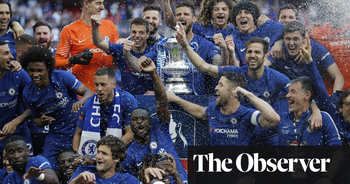 Chelsea S Eden Hazard Spot On To Sink Manchester United And