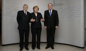Jean Claude Trichet (left) and Axel Weber with German chancellor Angela Merkel in 2007.