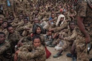 Captive Ethiopian soldiers arrive at the Mekelle Rehabilitation Centre.