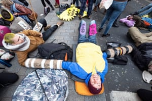 Environmental activists block Oxford Circus