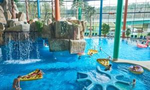 Main pool with slides and jacuzzi, Akvapark, Druskininkai,