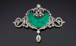 Anita Delgado's brooch, emerald with diamonds, Paris, c 1910