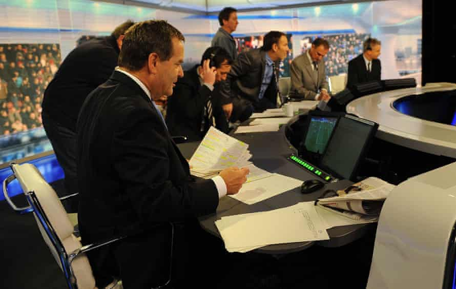Jeff Stelling says his research involves 'sitting at a laptop all Wednesday and Thursday'.