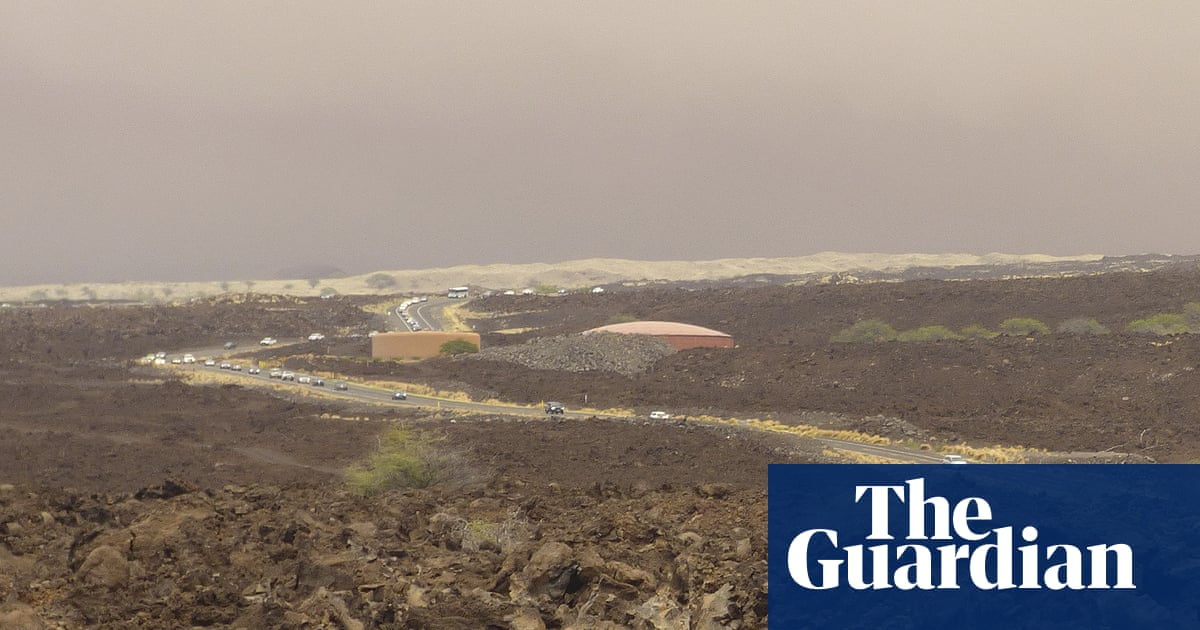 'A perfect storm': Hawaii firefighters confront Big Island's largest wildfire in history