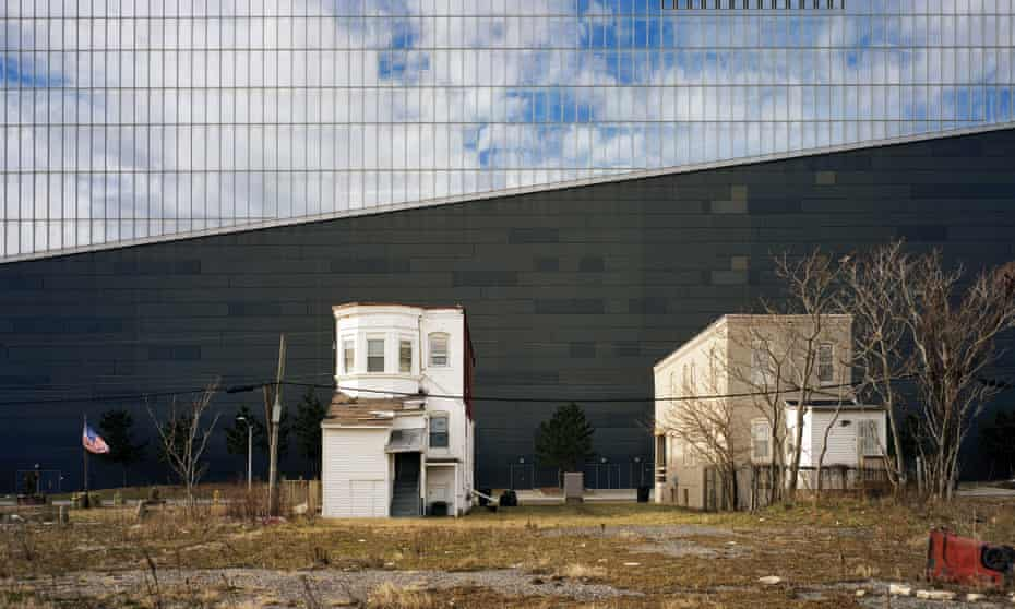 Homes dwarfed by Atlantic City's former Revel casino