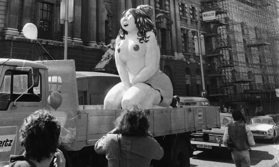 'The free speech icon of the summer' … a 10ft sculpture of Robert Crumb's Honeybunch Kaminski is paraded outside the Old Bailey, London, during the Oz obscenity trial, June 1971.