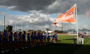 The Bulldogs 2018 premiership flag is unfurled