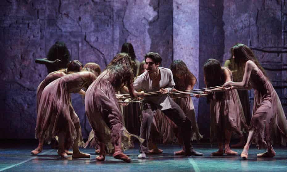Cesar Corrales, centre, in Akram Khan's Giselle.