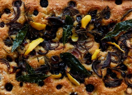 Party focaccia with lemon, roast onions and grapes.