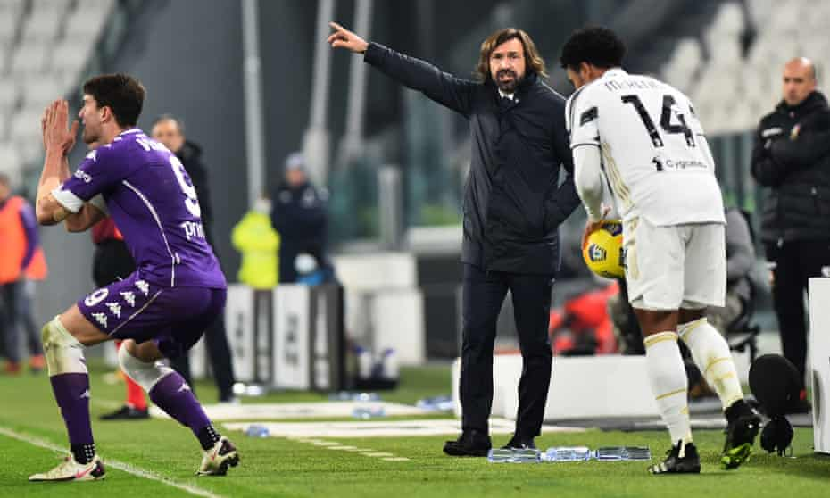 The Juventus coach Andrea Pirlo (centre) was powerless to stop his side falling to a 3-0 defeat by Fiorentina on Tuesday.